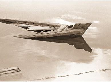 Dariush Zandi Sinking small dhow 176 x 107 cm