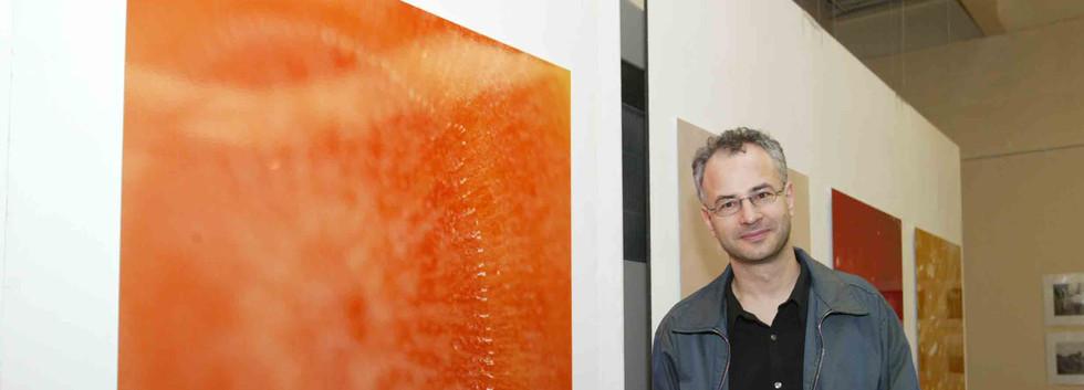 Andreas Zippler in front of his work