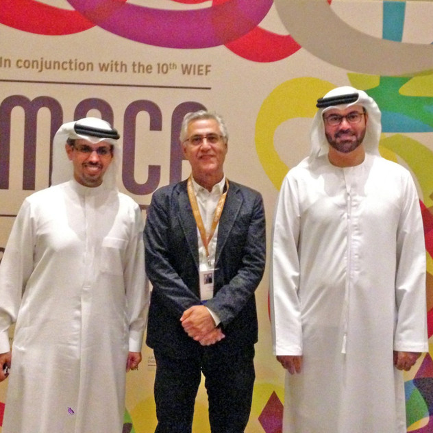 Dariush Zandi with HE Mohammad Gargawi and HE Hamad Buamim, the Dubai Chamber of Commerce and Industry's President & CEO