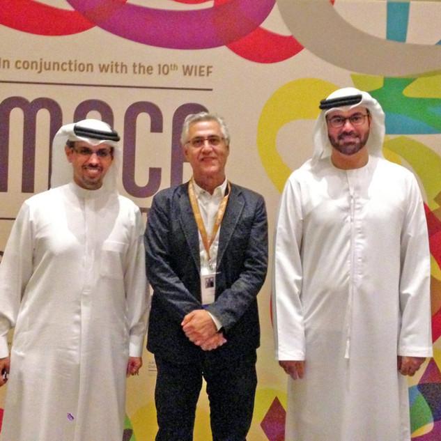 Dariush Zandi with HE Mohammad Gargawi and HE Hamad Buamim, the Dubai Chamber of Commerce and Industry's President & CEO