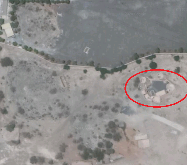 Google Earth view of Fujairah Fort and its surrounding area. The fort is circled in red