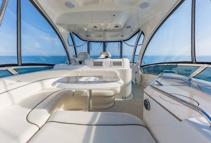 52-SeaRay-Yacht-0020.jpg