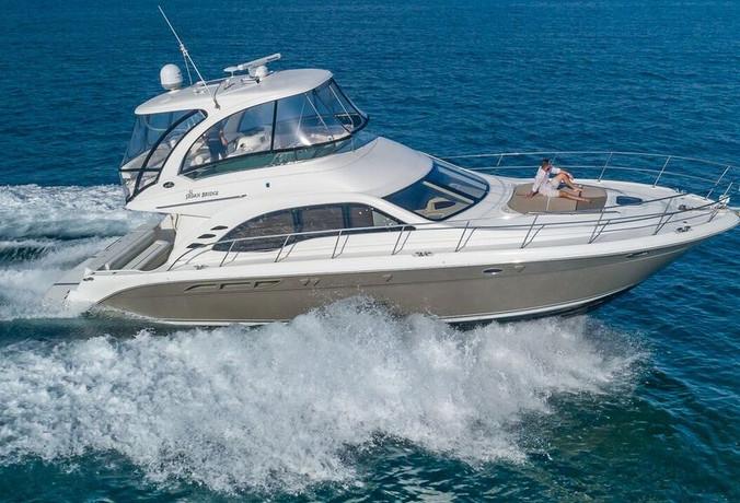 52-SeaRay-Yacht-0002.jpg