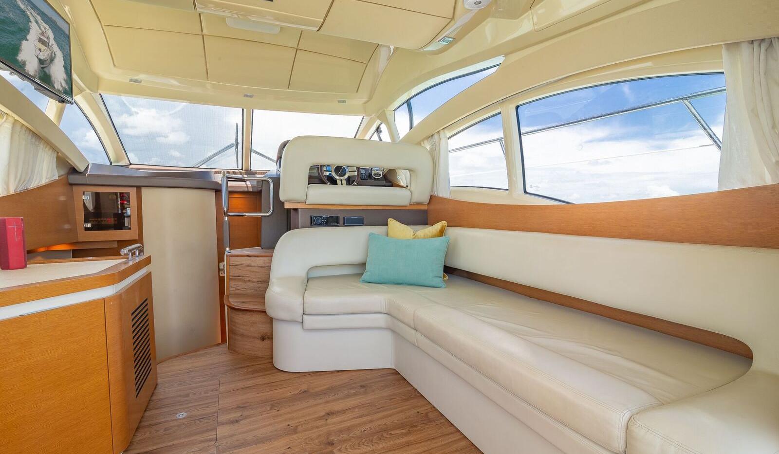 42-azimut-yacht-0024.jpeg