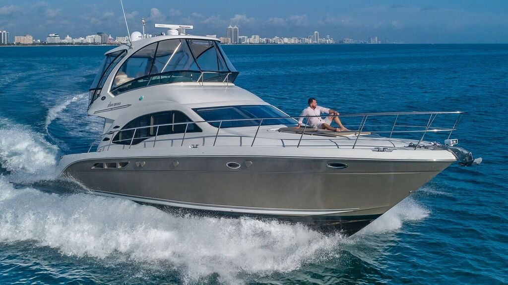 52-SeaRay-Yacht-0005.jpg