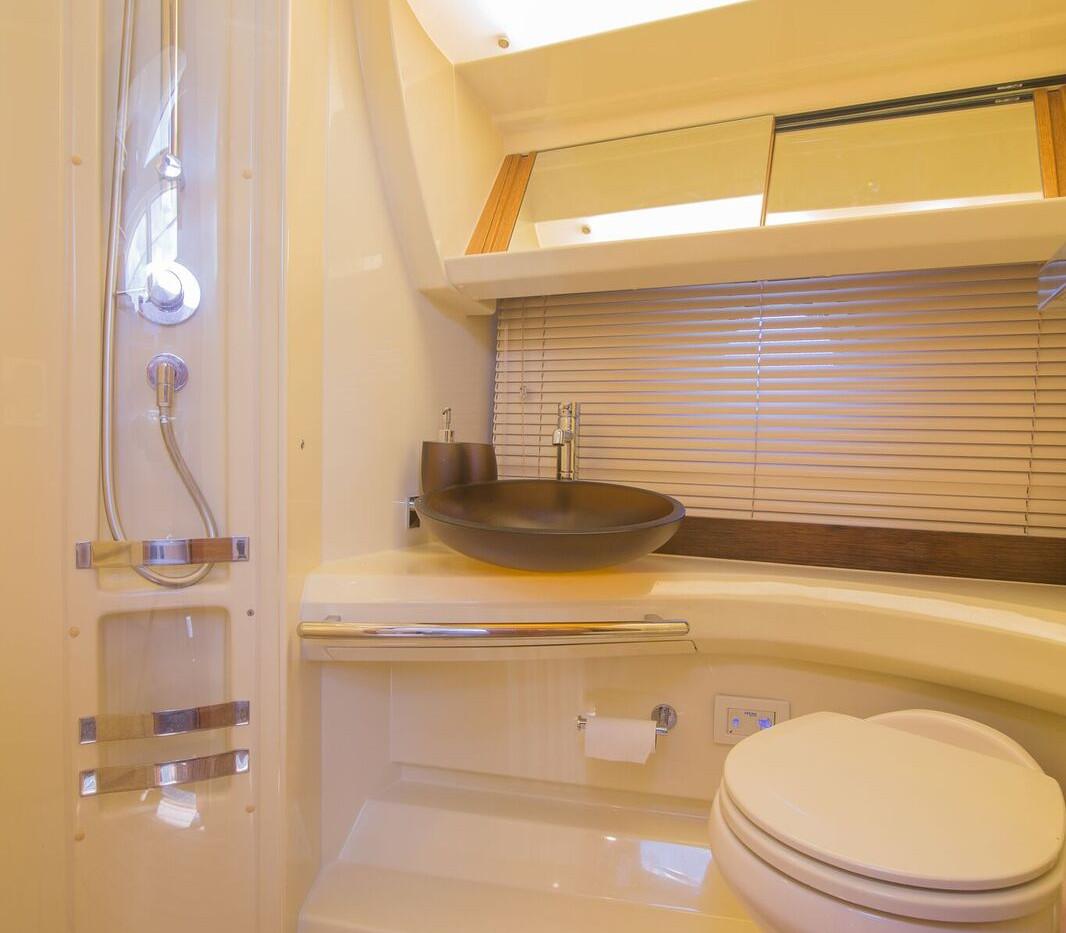 42-azimut-yacht-0025.jpeg