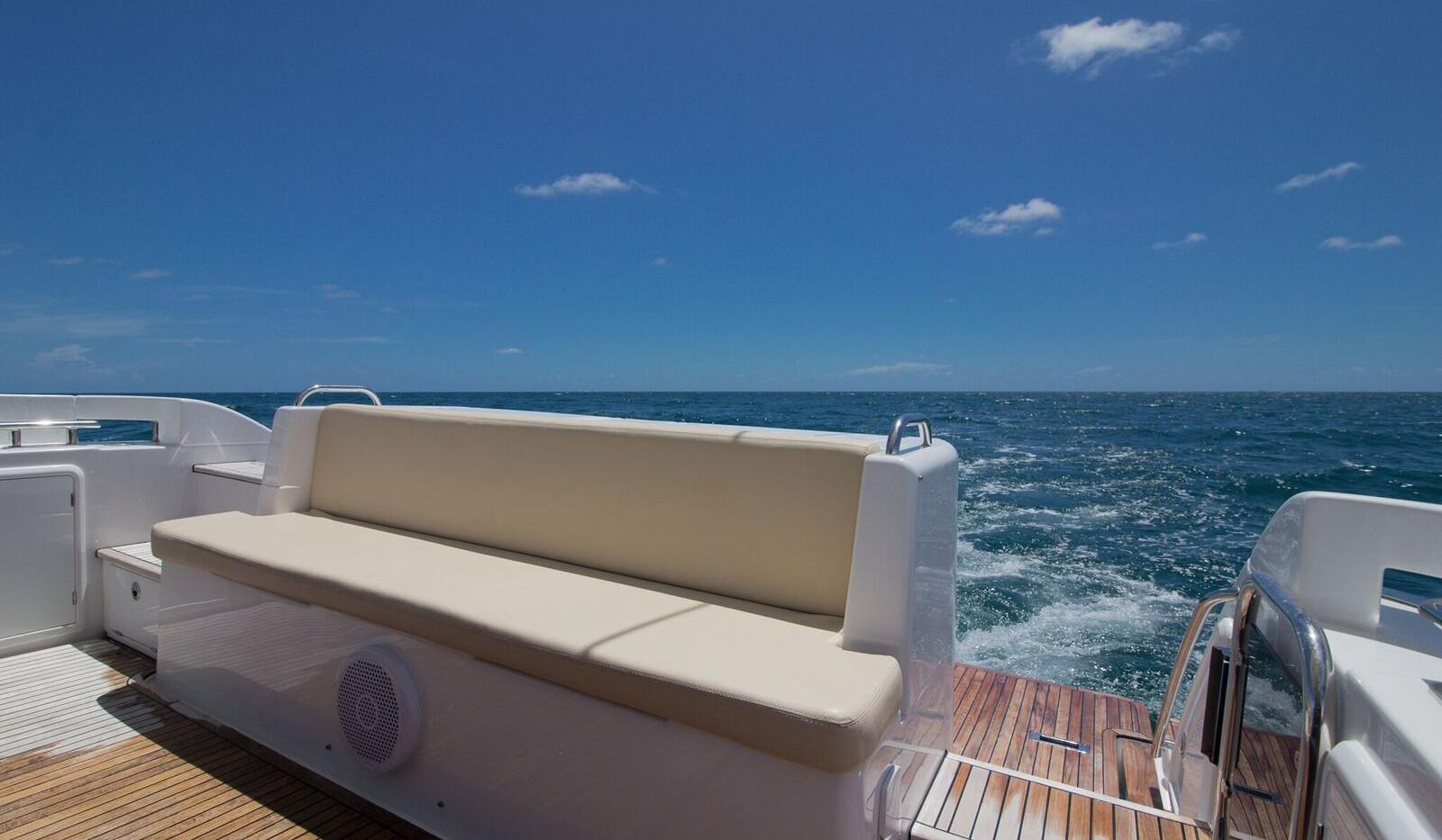 42-azimut-yacht-0003.jpeg
