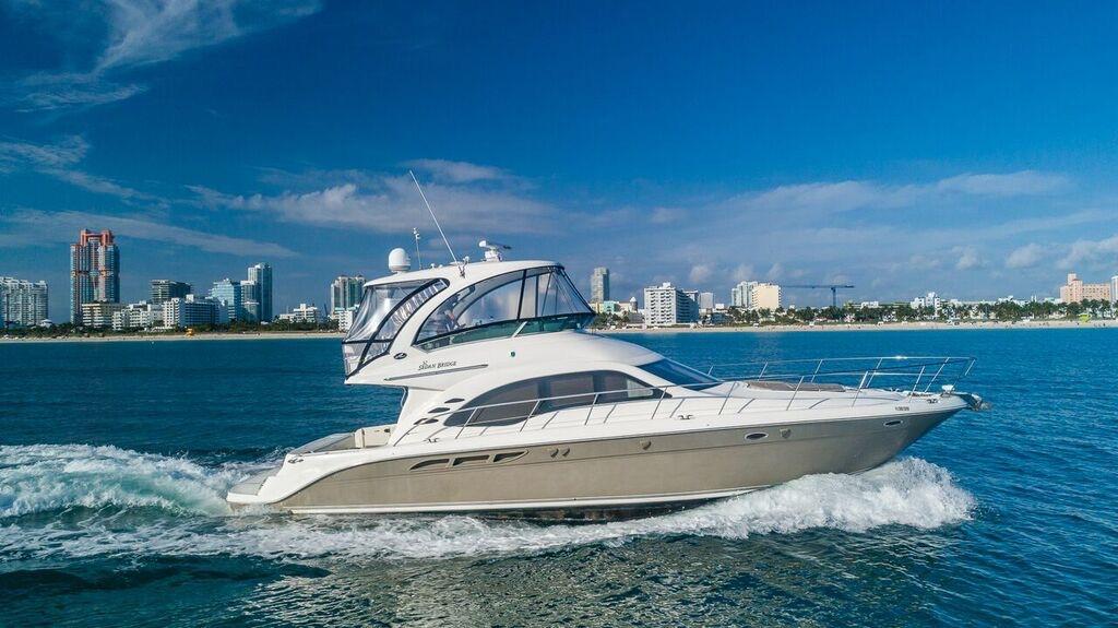 52-SeaRay-Yacht-0007.jpg