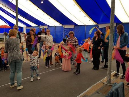 Muziek en Beweging voor peuters bij het Dorpsfeest in Ferwert!