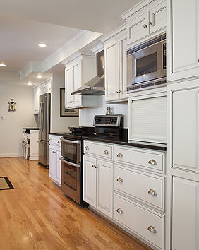Modern Kitchen Remodel Design. Long Island Kitchen Contractor.