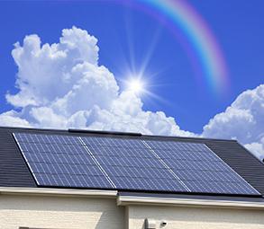 店舗や事務所の屋根に太陽光発電パネルを設置いたします