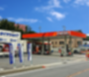 国道20号線沿いにあるサービス・ステーションでは、  お客様のカーライフをトータルサポートいたします