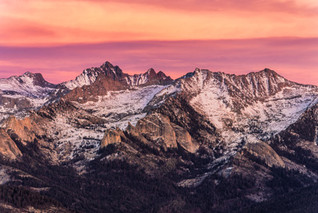 5_-_The_view_from_Moro_Rock_in_Sequoia_N