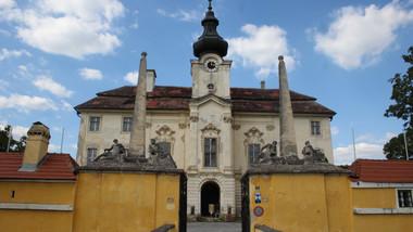 Schloss Seibersdorf.JPG