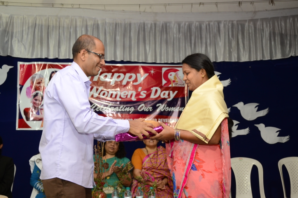 Intl Women's Day 090316 (5)