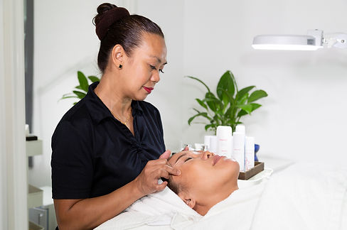 Enjoy a facial by our experienced beautician in The Day Spa