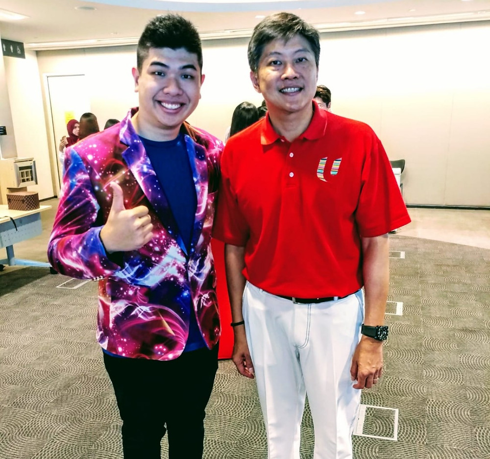 Singapore Magician Markson With Minister Ng Chee Meng