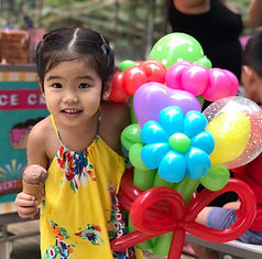 Balloon Sculpting Services In Singapore!