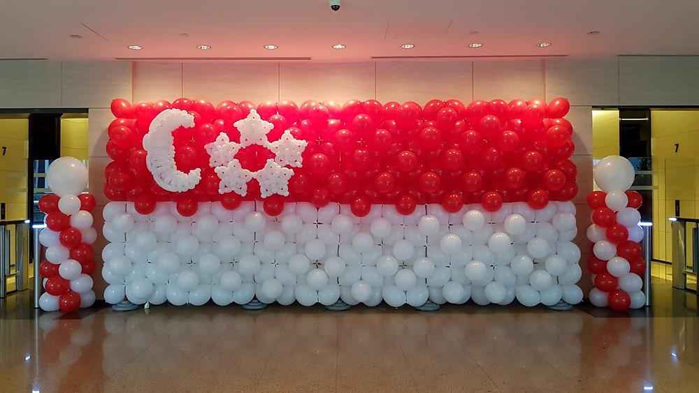 Singapore Flag Balloon Backdrop!