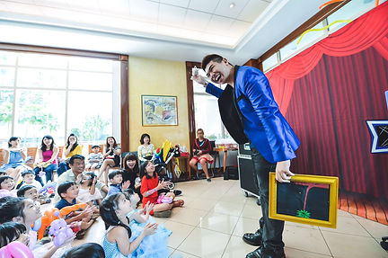 Singapore Children's Birthday Party Magician