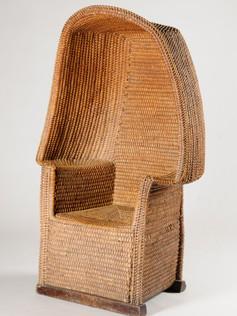 2008.0065 b_STrawberry and bramble chair