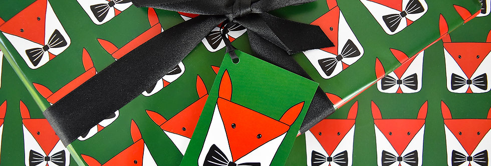 Foxy Present Christmas Gift Wrap Pack