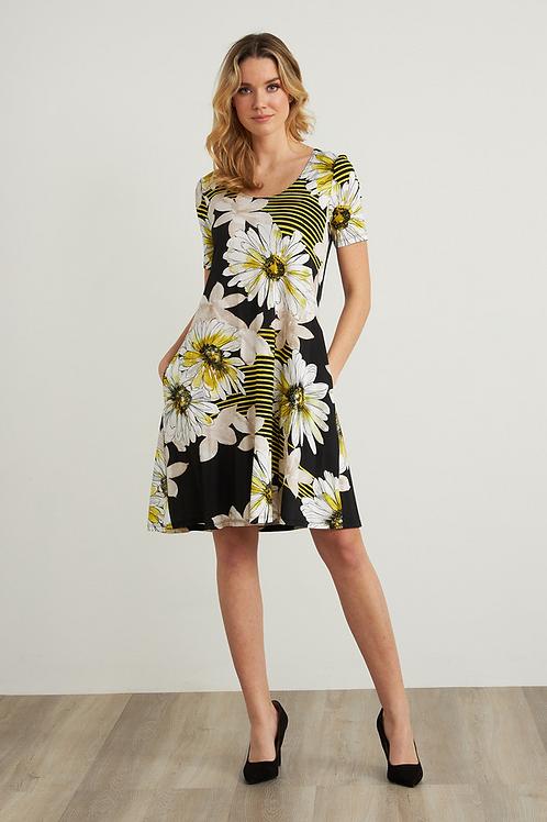 JOSEPH RIBKOFF Daisy Print Dress