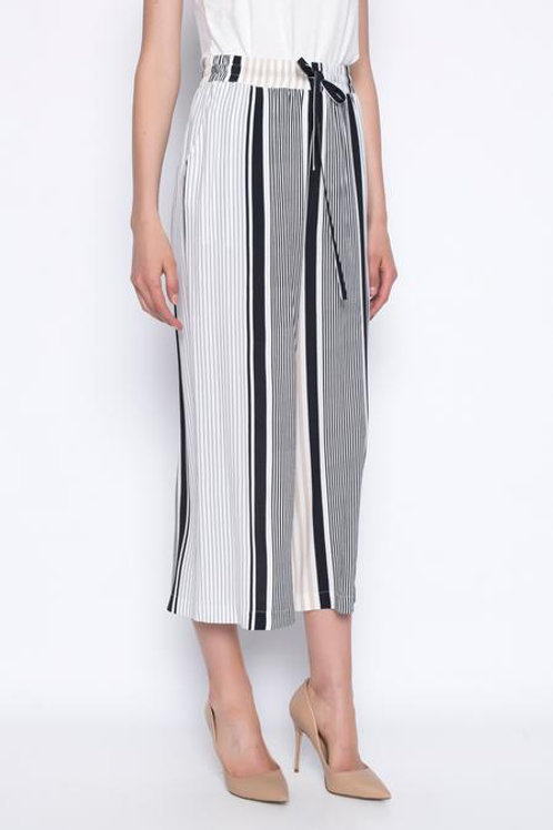 PICADILLY Wide-Legged Pant