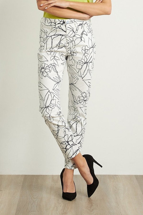 JOSEPH RIBKOFF White with Black Floral Print Jeans