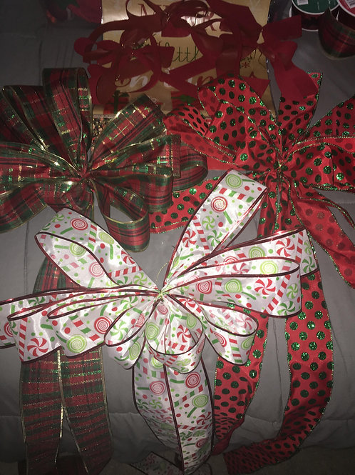 Large Holiday Bow