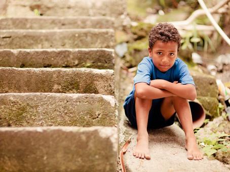 Vulnerabilidade social de crianças durante a pandemia: o impacto nas casas-lares