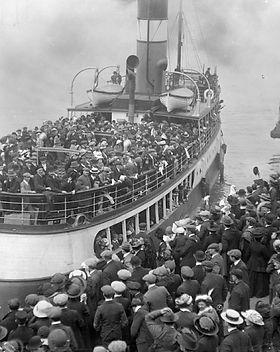nave-migranti_opt.jpg