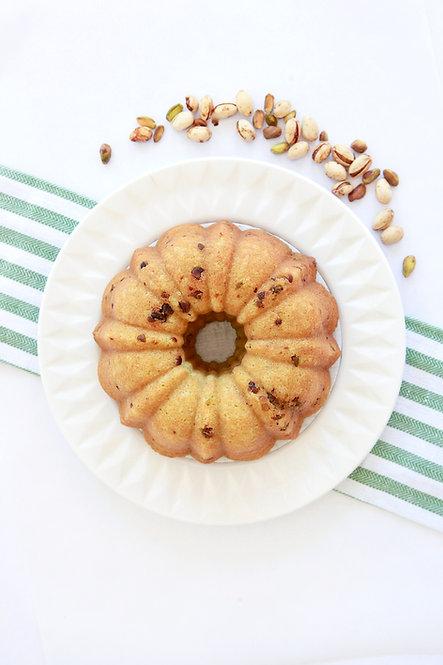 32 oz Pistachio Rum Cake