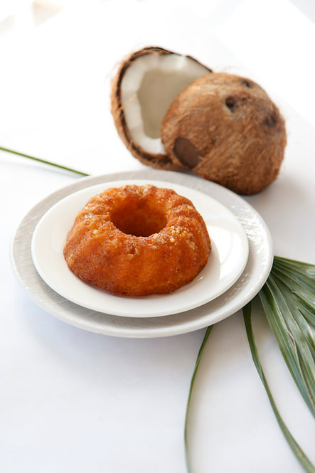 5 oz Coconut Rum Cake