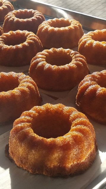 5 oz Gingerbread Rum Cake