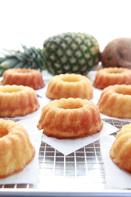 5 oz Pineapple Rum Cake