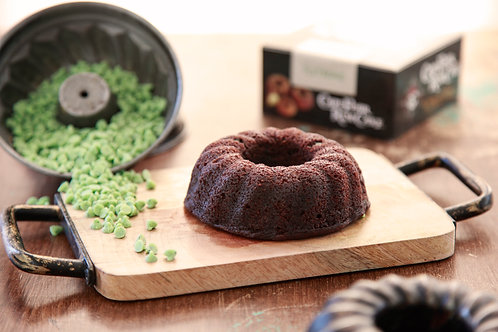 5 oz Dark Chocolate Mint Chip Rum Cake