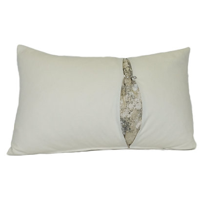 Cushion Cliver white