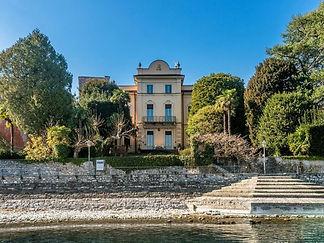 Lussuosa Villa pieds-dans-l'eau sul Lago di Como