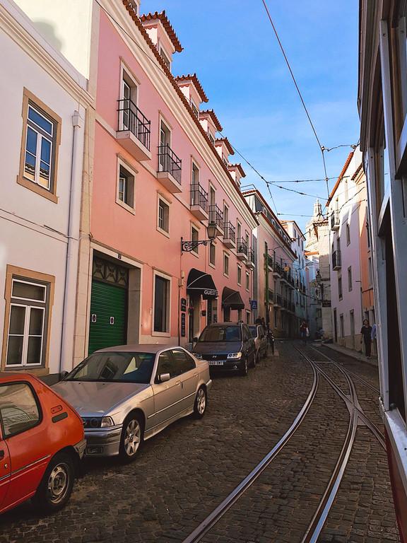 Hills tramcar tour, Lisbon