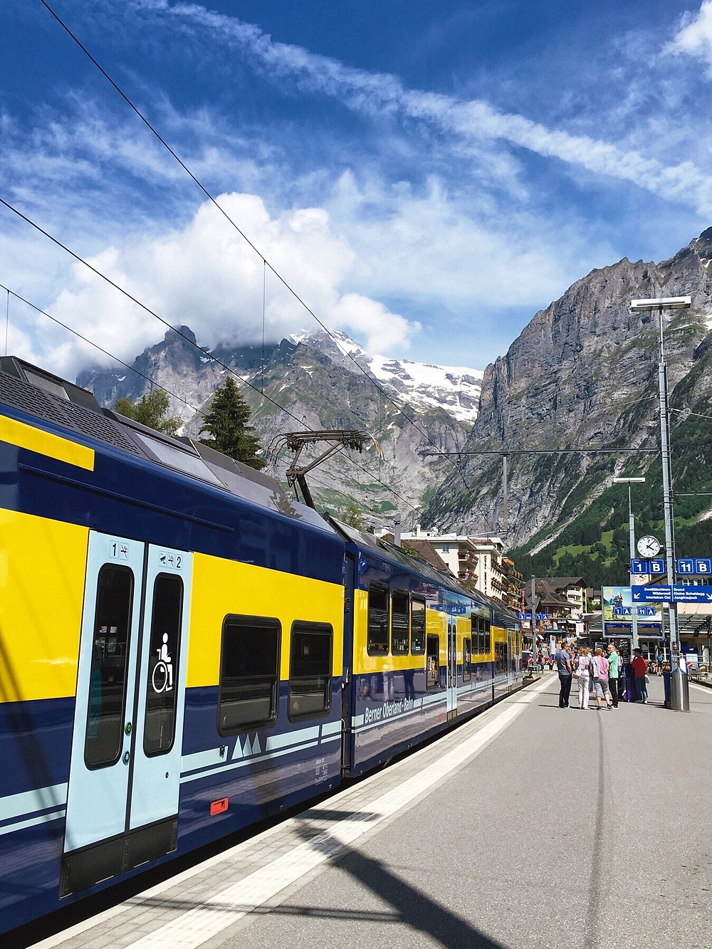A train in Grindelwald Station