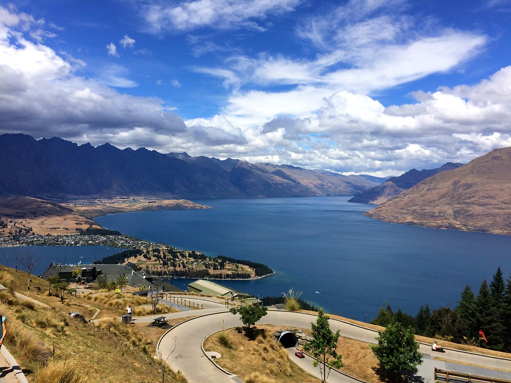 Queenstown and Lake Wakatipu photgraphed from the top of Queenstown luge