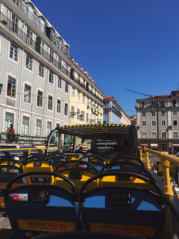 Yellow Bus Tours in Rossio, Lisbon