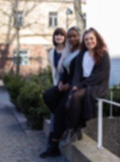 Julia, Clemence och Lotta sossututor.jpg