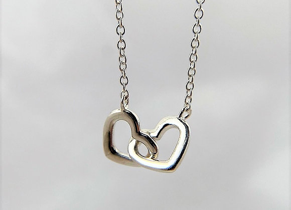 Interlocking Heart Shape Necklace