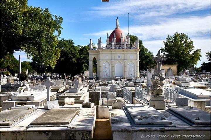 Colon Cemetery, Havana 1