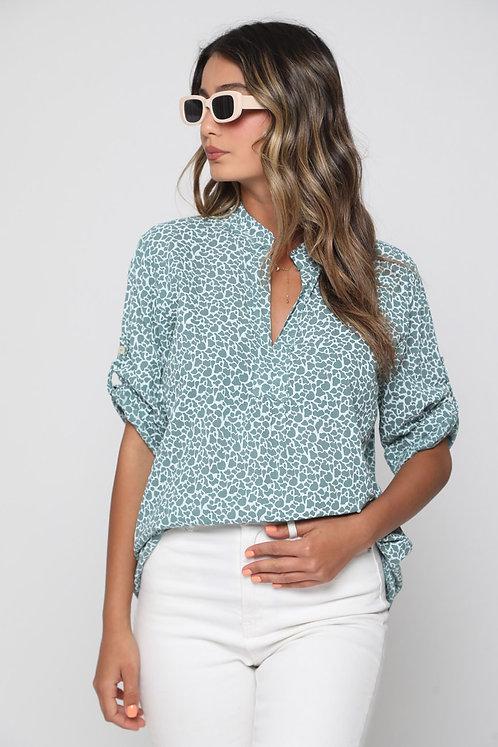 ♥ חולצה עם מפתח וי בהדפס שיקי ♥ GL-11009