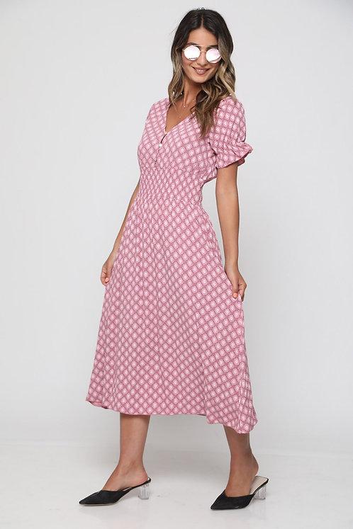 ♥ שמלה עד הברך בהדפס מדליק עם גומי במותן ♥ GL-10992