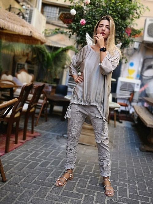 ♥ חולצת סאטן עם טאצ' מבריק ♥ MR - 21305