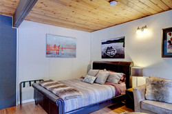 Fir Suite Bed 2.jpg